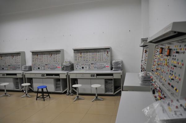 电子电工实训